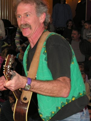 Tom Pease will entertain at Fall Family Festival at the Mead Visitors Center in Milladore.