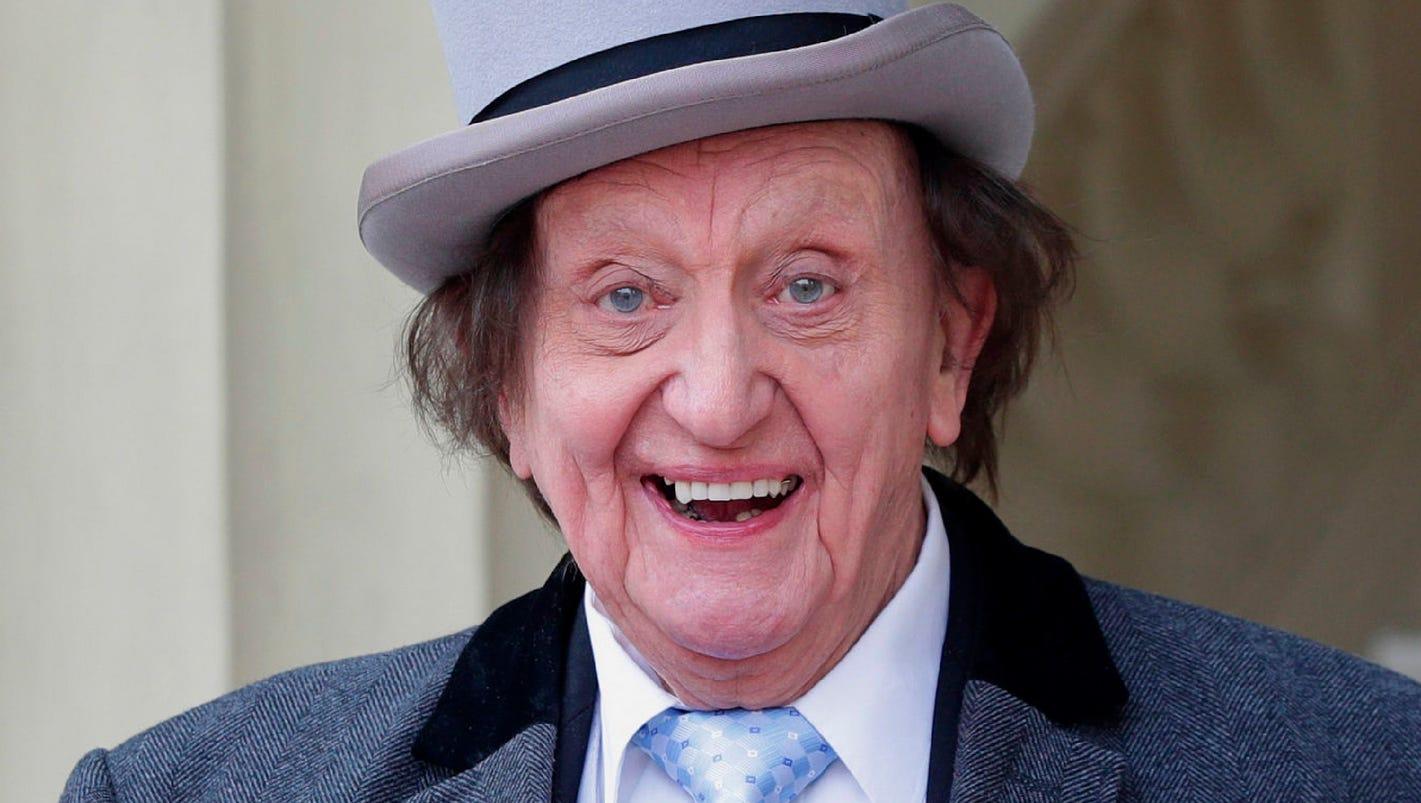 Ken Dodd, British comedy veteran, dies at 90