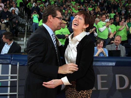 Connecticut coach Geno Auriemma and Notre Dame coach Muffet McGraw met cheerfully before a game in 2013 in South Bend.