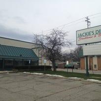 New restaurants, retail planned in Delta Township