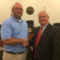Travis named Dickson public works director, city officials re-appointed