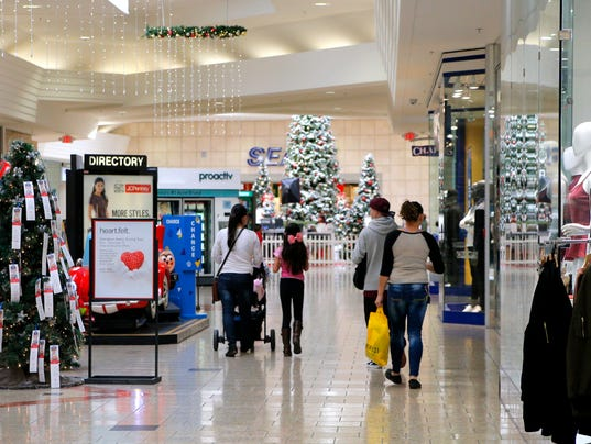 636155276833464290-Holiday-Shopping-2.jpg