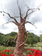 """""""The Sharing Tree,"""" a sculpture created by local artist"""