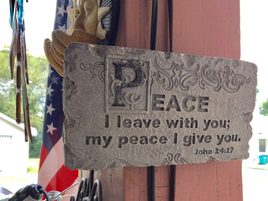In addition to front-porch signs that promote the 2nd