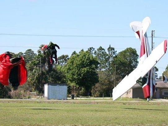 Skydiver plane collide 030914 2