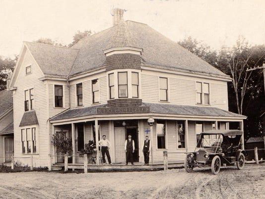 636187094428643767--1-erdman-hotel-lake-shore-road-hwy-141-built-1891.jpg
