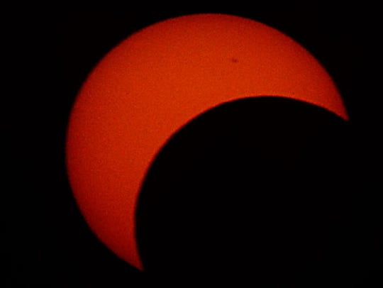 A look at the partial solar eclipse in San Angelo that