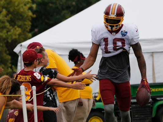 Redskins_Football_86113.jpg