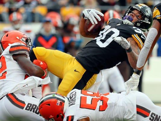APTOPIX_Browns_Steelers_Football_36591.jpg