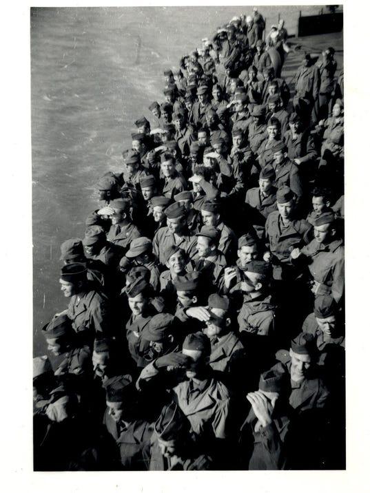 soldiers under the golden gate bridge