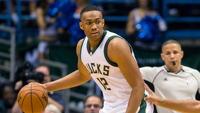Jabari Parker played 16 minutes in his first game since tearing his ACL last Dec. 15.