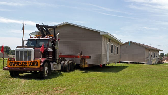 Oakland Elementary School is adding portable classrooms to its campus.