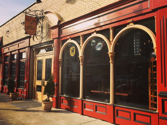 The exterior of Three Lions Pub in Shorewood.