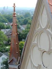CGO 0911 REBUILDING HISTORY-spire 02