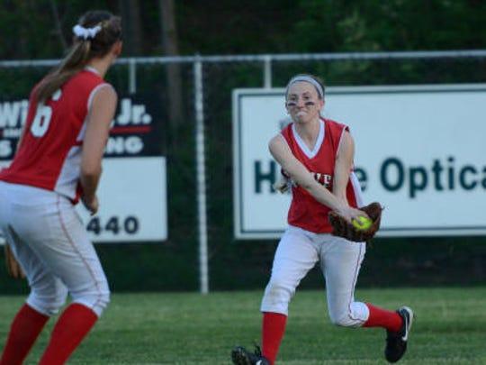 Brave's leftfielder Ally Feister (3) makes a running grab as Kayla DiLuzio (6) looks on. GameTimePA.com - Patrick Blain