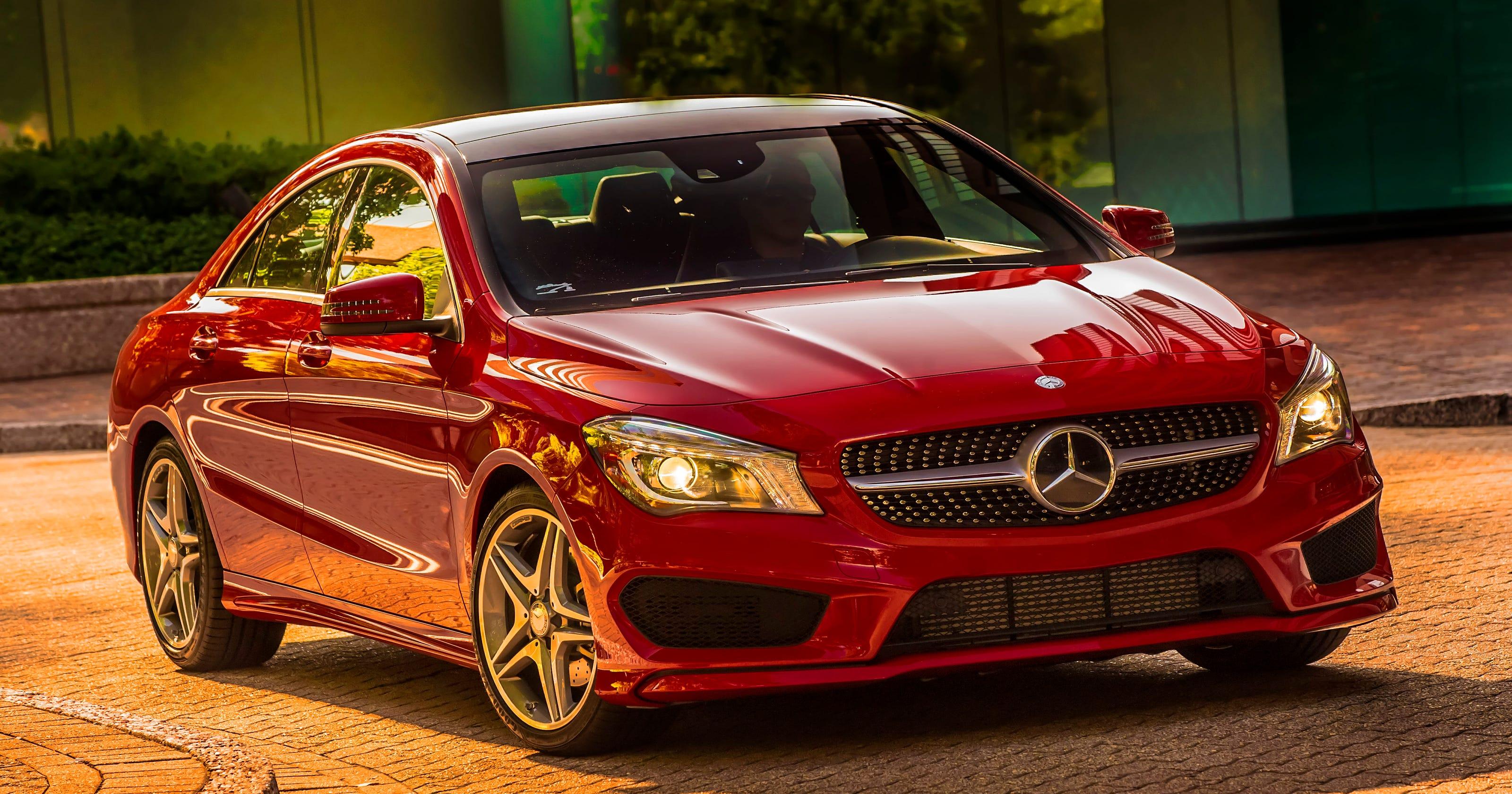 Mercedes-Benz' maps blitz of new models in U S