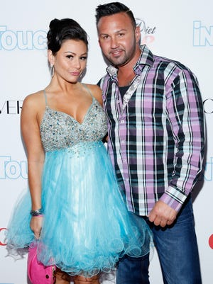 Jenni Farley and fiance -- and now baby daddy -- Roger Mathews back in August.