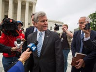 Justices overturn former Va. governor McDonnell's corruption conviction