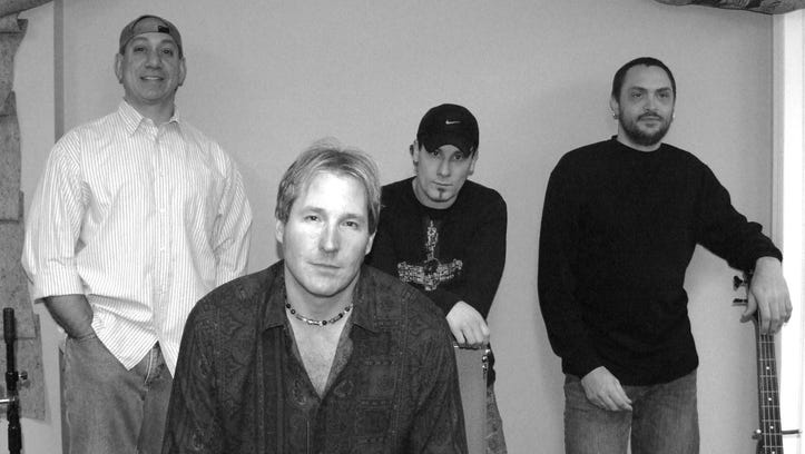 Goldenseal headlines 2017 New Year's Eve celebration at Rooney's