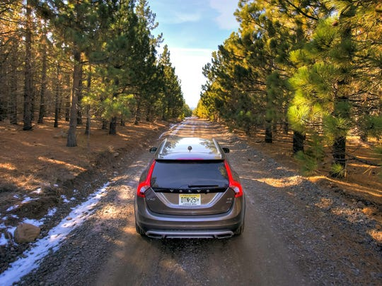 The 2015 V60 Cross Country reflects Scandinavian heritage and love of nature and adventure, says Volvo.