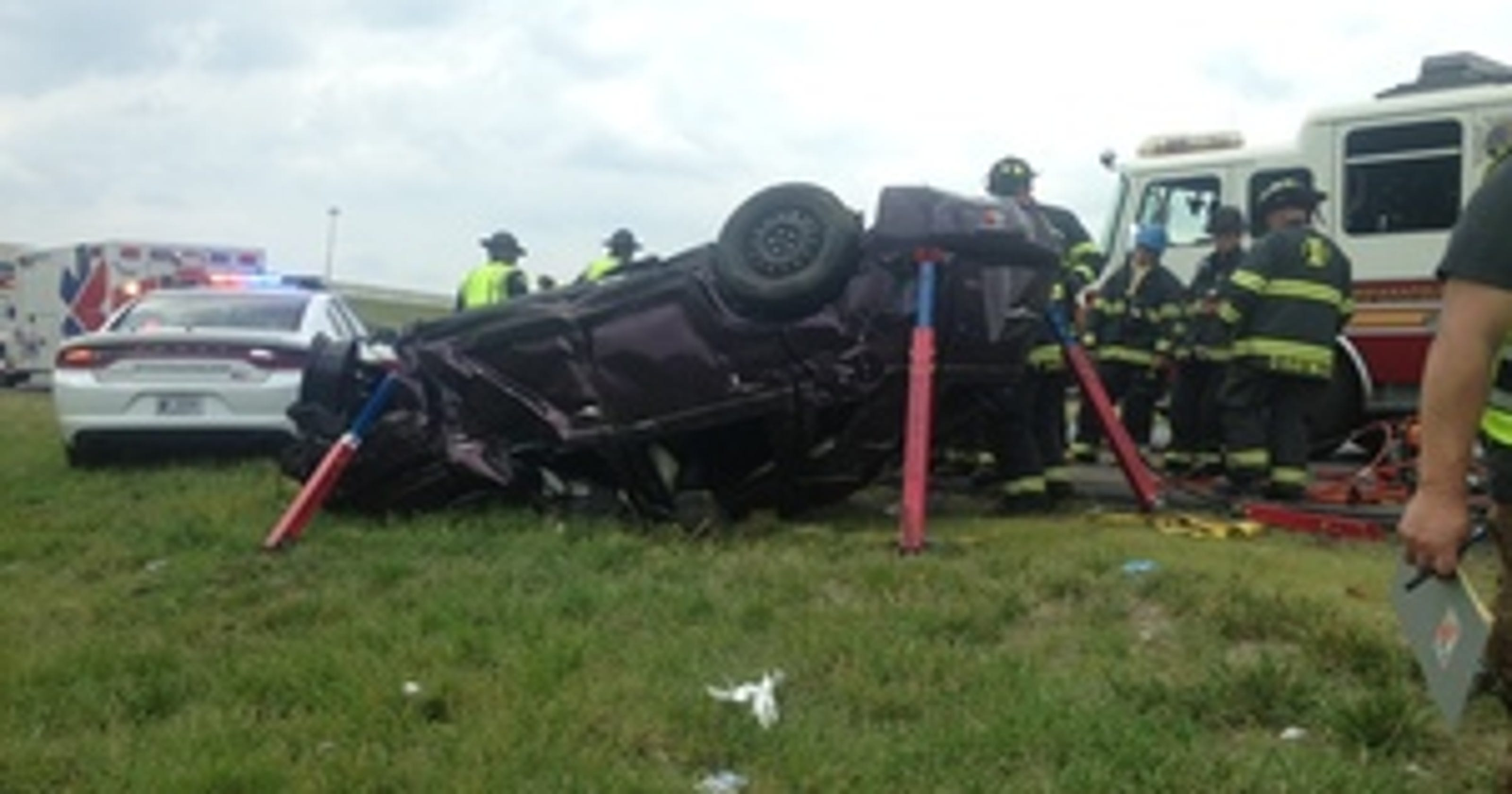 Greenwood woman killed in single-car crash on I-65