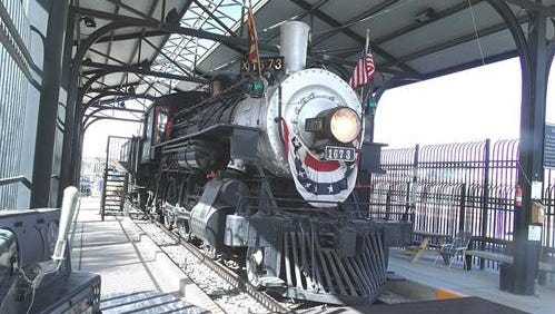 The steam engine from the Southern Arizona Transportation Museum is from the same era as the 1922 attempted heist.