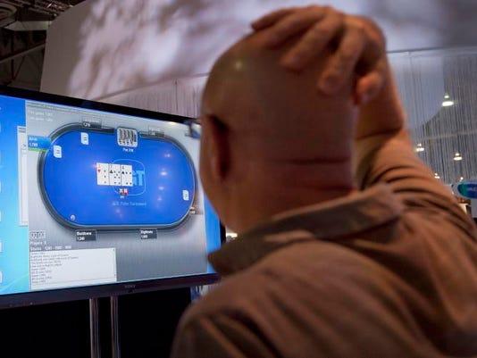 -Casino Industry Online Poker.JPEG-070ec.jpg_20111004.jpg