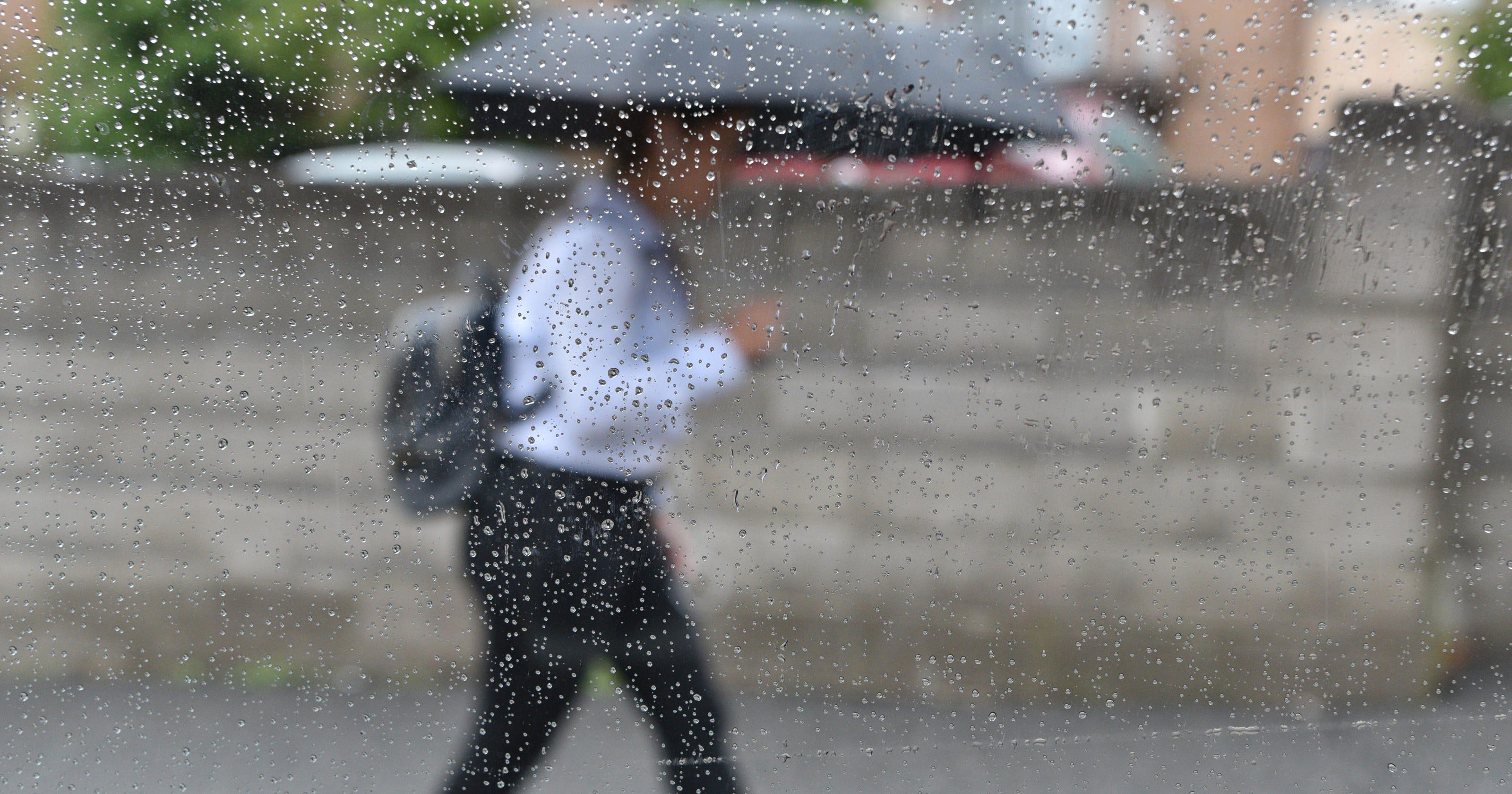 Sunny Saturday Will Give Way To Rainy Sunday