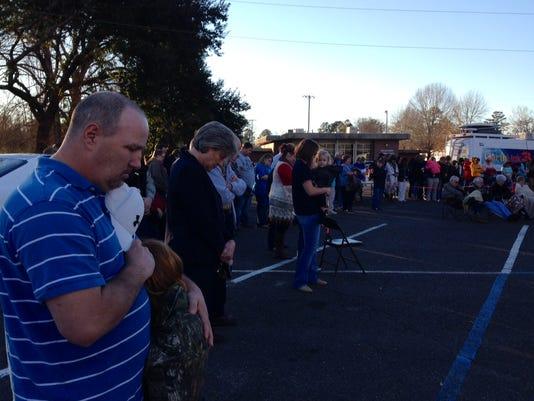 Goldonna prayer rally 1.jpg