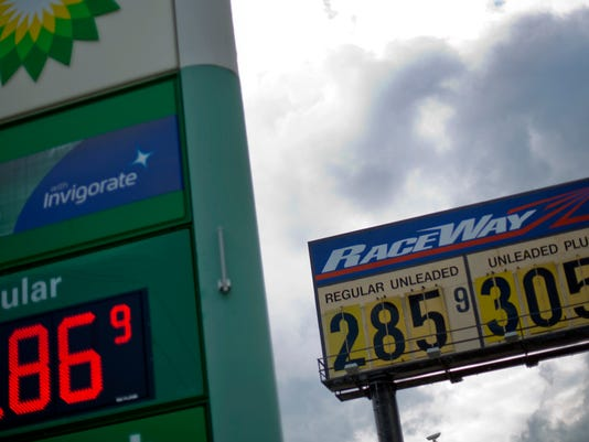 Government tells U S  drivers to get used to cheap gas