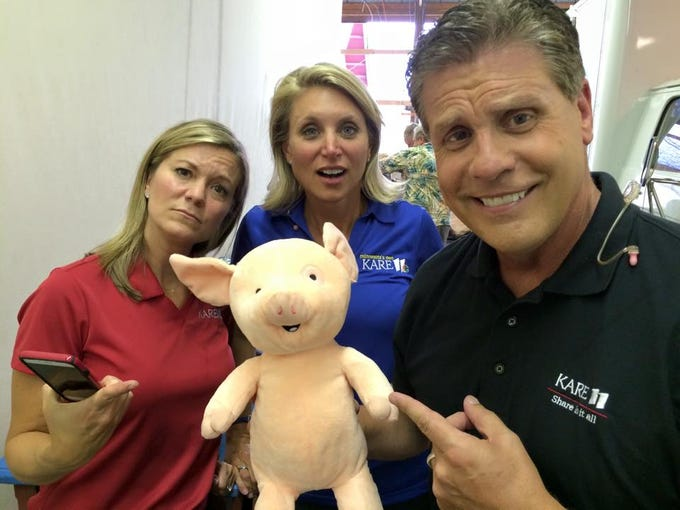 Julie belinda and randy found nelson in the kare 11 barn bea chang