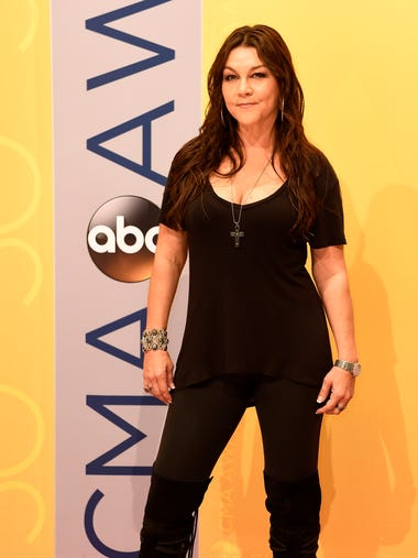 Gretchen Wilson arrives on the red carpet at the 2016