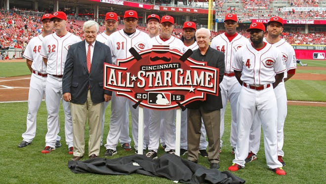 2014 and former Cincinnati Reds All-Stars pose with the 2015 All-Star game logo along with Reds president and CEO Bob Castellini (front left) and GM Walt Jocketty in August.