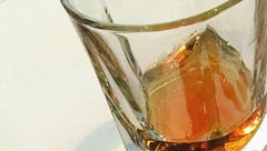 Dinner compares, contrasts four Kentucky whiskeys