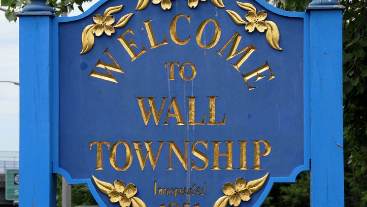 WALL TOWNSHIP WELCOME SIGN, LOCATED ON ROUTE 35 NORTH,