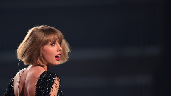Taylor Swift dropped her new single 'Look What You