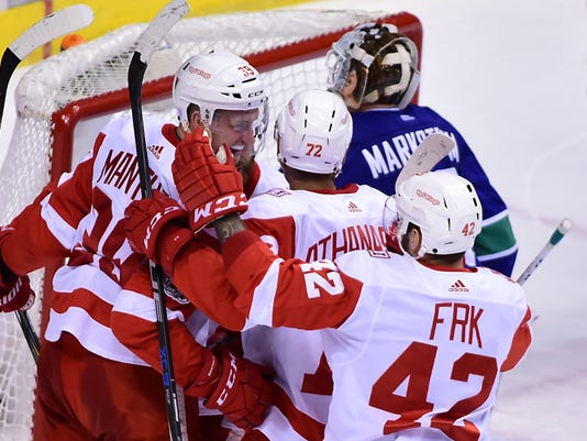 Detroit Red Wings at Vancouver Canucks
