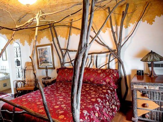The Autumn Arbor suite pictured at the Wild Goose Inn