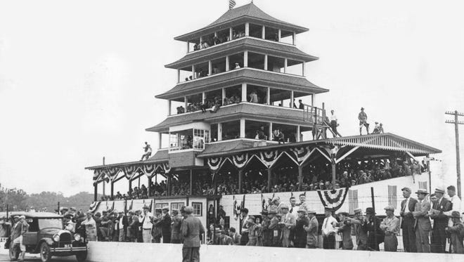 The pagoda during the 1929 Indy 500