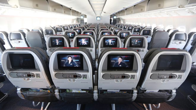 Elite perks once kept frequent fliers loyal to one airline, but a new survey says the programs are now too similar and 66% of business travelers are open to switching their allegiance.
