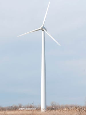Birding groups oppose a planned Icebreaker wind energy facility off the Lake Erie shore.