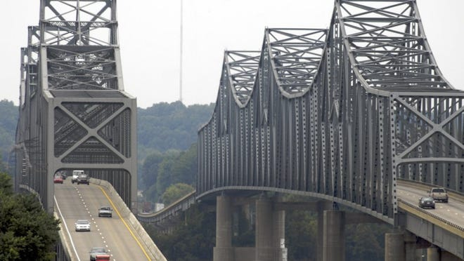 U.S. 41-North Twin Bridges. (Gleaner photo by Mike Lawrence   ¢ 831-8346 or mlawrence@thegleaner.com)