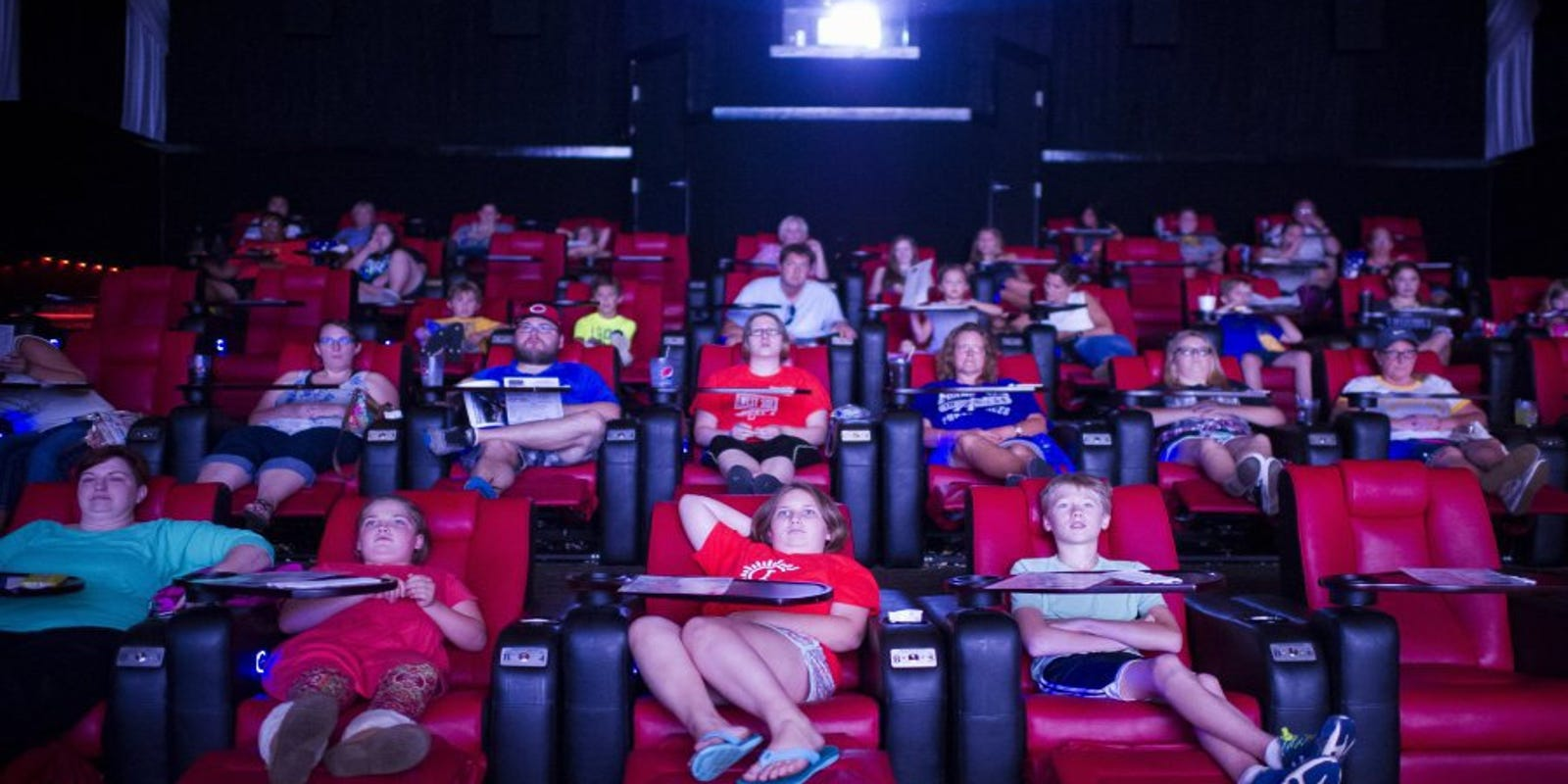 Enjoyable More Reclining Seats Popping Up In Local Movie Theaters Pabps2019 Chair Design Images Pabps2019Com
