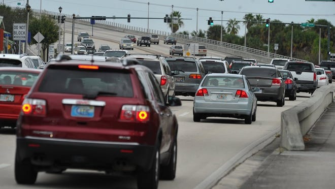 Traffic makes its way slowly north on U.S. 1 as it heads over the Roosevelt Bridge in Stuart in 2013.