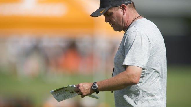 Defensive coordinator Bob Shoop during practice on Thursday, August 11, 2016.