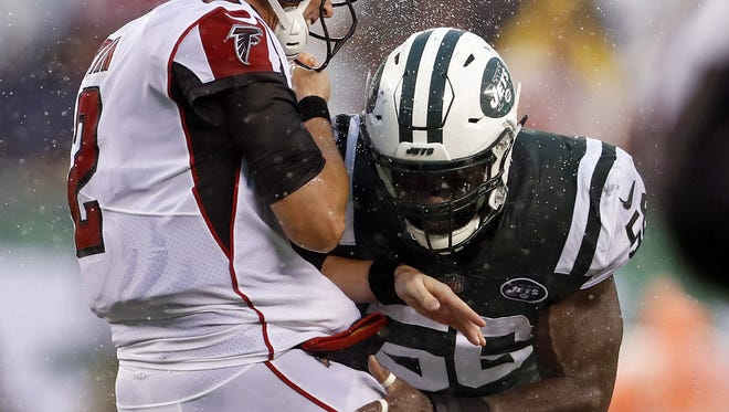 Former New York Jets linebacker Demario Davis brings an every-down linebacker to the New Orleans Saints.