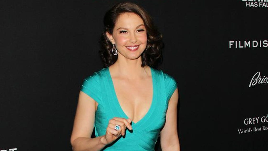 ashley judd essay daily beast The daily beast published an essay written by ashley judd yesterday that you guys have got to read the topic: why people feel it's ok to talk about her (to.