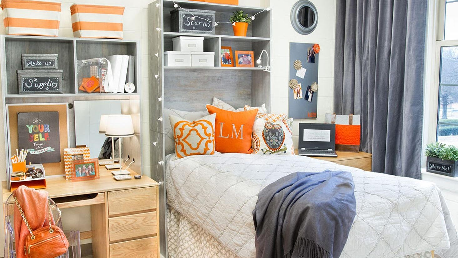 Image of: Best Tips For Decorating Dorm Rooms With Style Storage