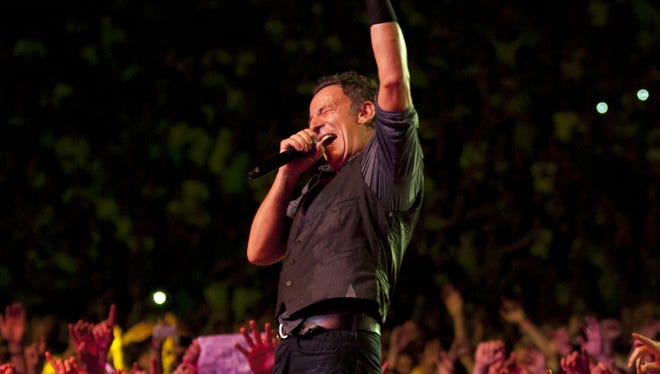 If you're a Bruce Springsteen fan, raise your hand.