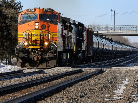 -STCBrd_01-04-2014_Times_1_A001~~2014~01~03~IMG_STC_0104_Oil_Train_2_1_1_OR6.jpg